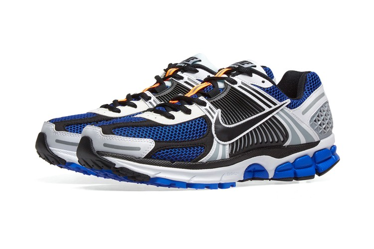new product 33743 0bb2f The Nike Zoom Vomero 5 Receives Three New Colorways