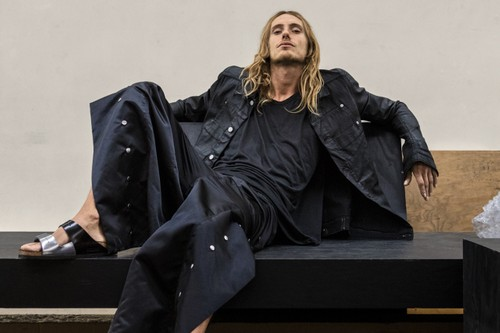 Rick Owens Launches Ready-To-Wear & Furniture Pop-Up Store With ANDREAS MURKUDIS