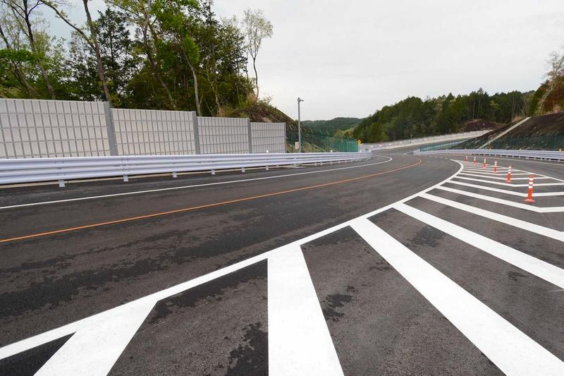 Toyota Builds a Scaled Down Nürburgring in Japan technical center shimoyama facility research development cars testing racing course race speed motorsport tuning