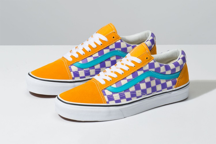 5bc5a824b7 Vans Wraps Old Skool   Slip On in Color-Changing Thermochrome