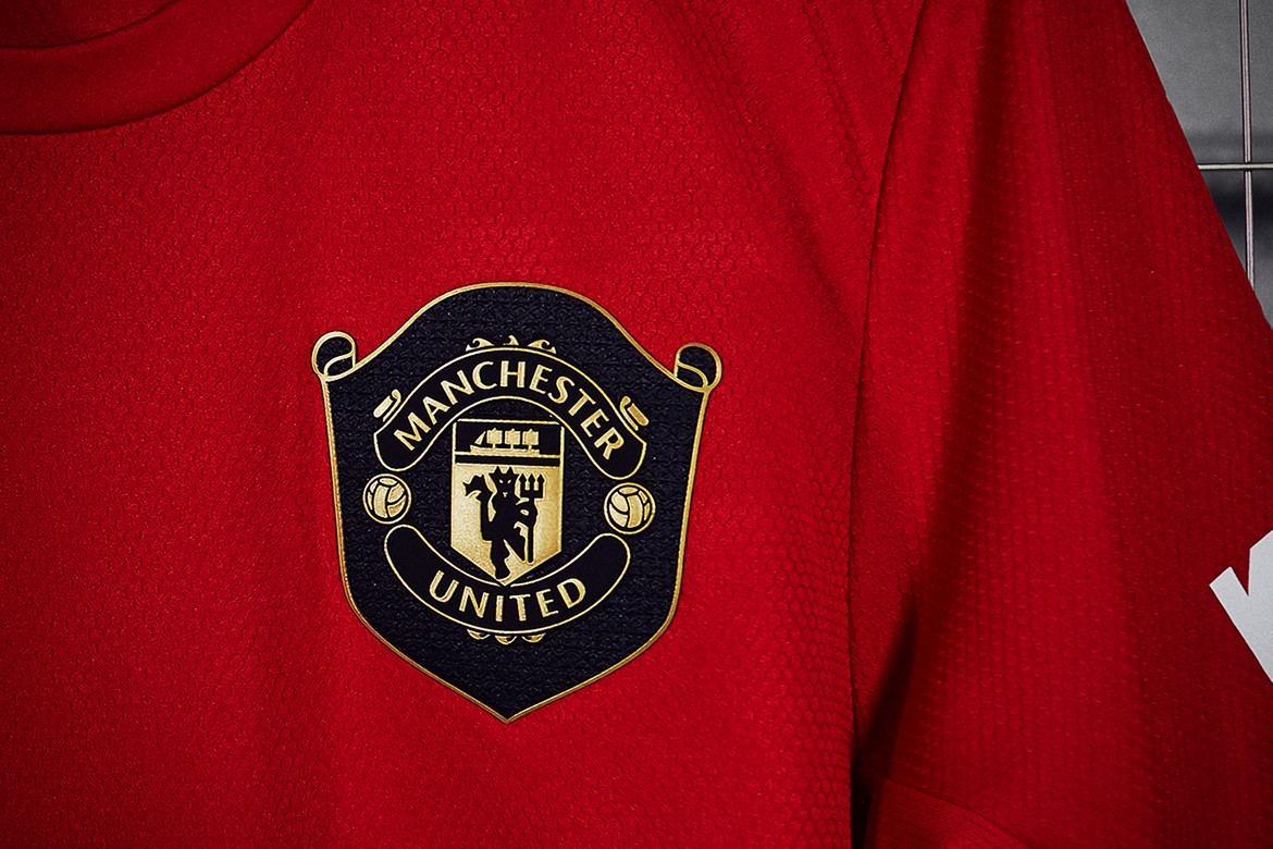 adidas manchester united 2019 20 home kit first look hypebeast adidas manchester united 2019 20 home