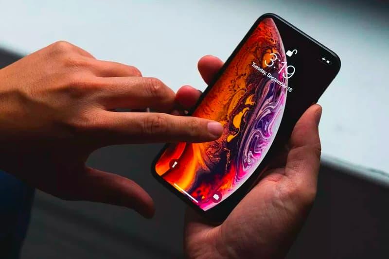 Apple's 2020 iPhones New Fingerprint Reader Technology iphone 11 xs max xr full display fingerprint reader 5 in-display touch patents 5G network speeds 3d model passports biometric