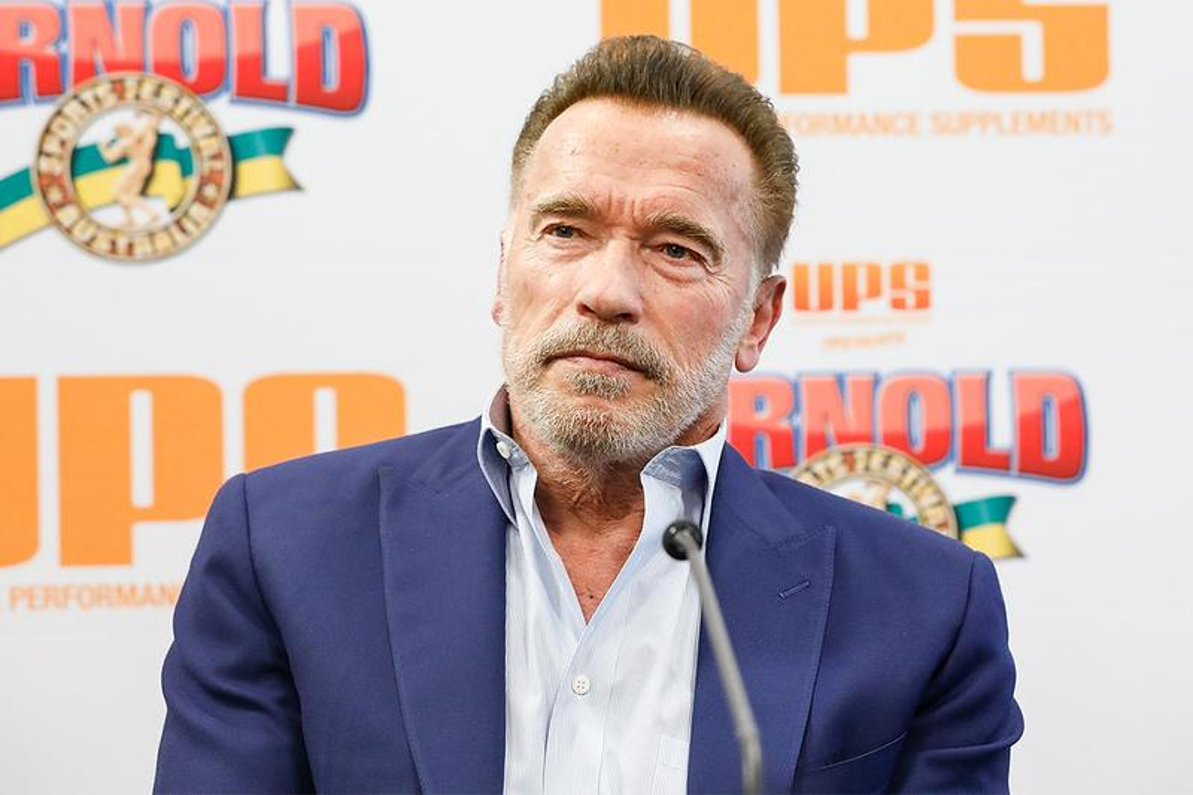Arnold Schwarzenegger Dropkicked at Arnold Classic Africa