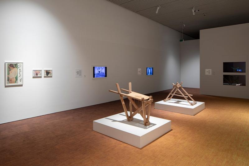 art and porn aros aarhus art museum jeff koons cindy sherman anna uddenberg