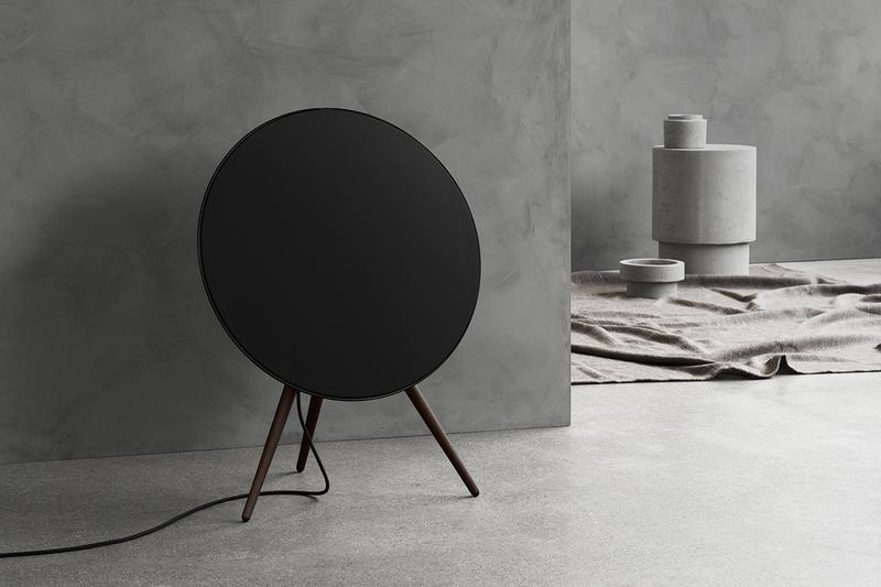Bang and Olufsen Beoplay A9 Air Play Google Assistant Equipped Technological Update Sound Speaker Music Venice Biennale Festival Active Room Compensation Chromecast Apple Airplay 2 Kvadrat Customization