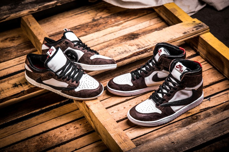 8245e7aaa4f4d4 Custom Sneakers. BespokeIND Pays Homage to Travis Scott With Nike SB Dunk    Air Jordan 1 Pack