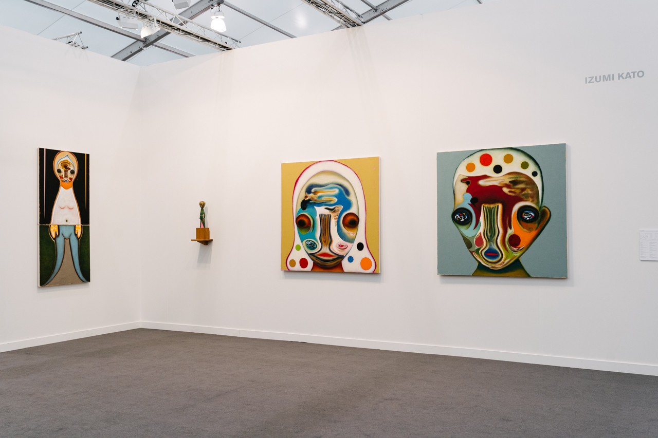 frieze new york best booths salon 94 perrotin gagosian white cube kaikai kiki takashi murakami tom sachs