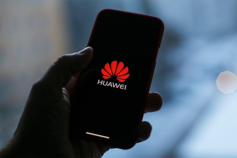Huawei Intel Qualcomm Broadcom Chips Modems Mobile Phone Smartphone Processors US Government Ban Technology Google Play