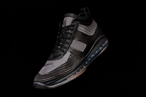"John Elliott Shrouds Nike LeBron Icon QS in ""Triple Black"""