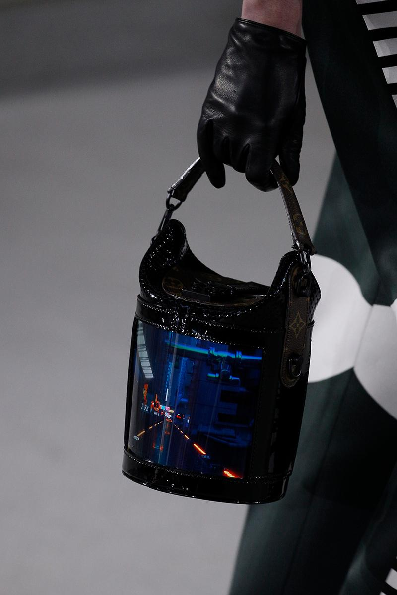 Louis Vuitton Cruise 2020 Nicolas Ghesquière Runway Bags Screen OLED LCD Touchscreen Bag Graphic Display Monogram First Look
