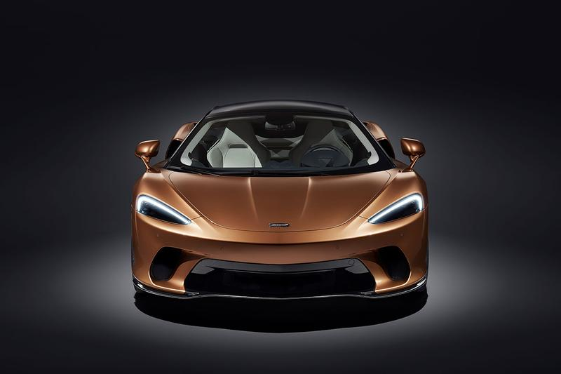 McLaren GT 2019 Grand Tourer New Sports Car Supercar Reveal $210,000 USD Lightweight Fast Power 0-60mph 3.1 seconds 203mph bespoke Pirelli P ZEROTM