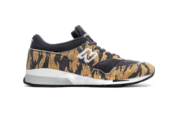 super cute 0af9e 0c603 New Balance Wraps Made in England 1500 in All-Over Tiger Camo Print
