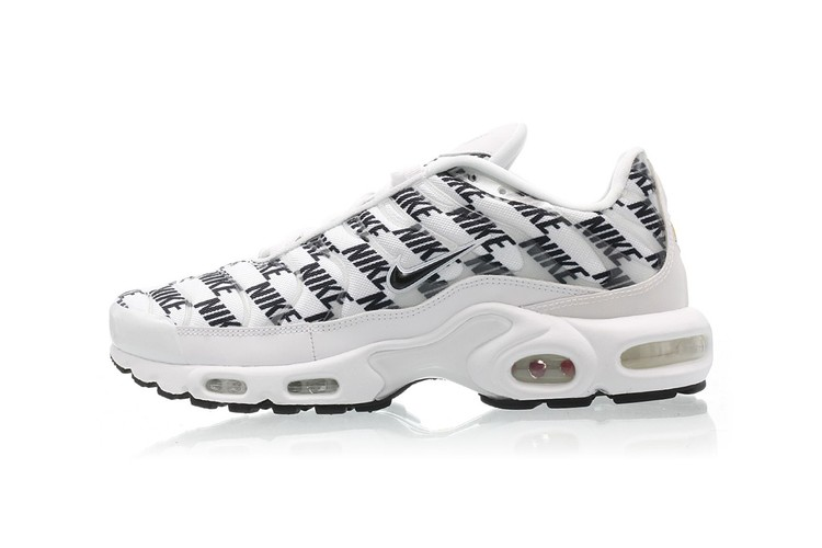 competitive price 742c4 08db8 Nike's Air Max Plus Gets a Dose of Heavy Branding