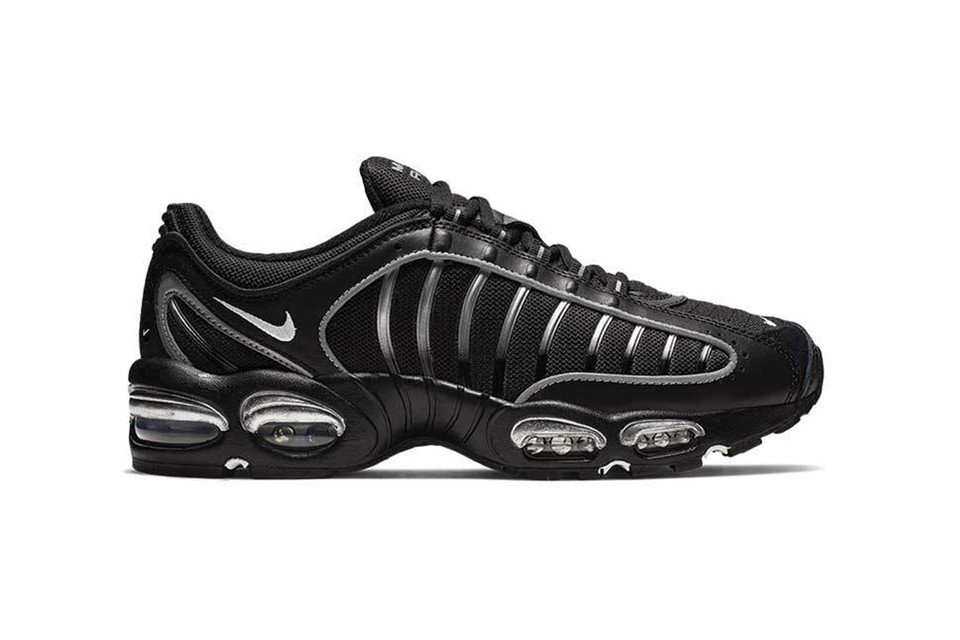 a1d7e188cc Nike Updates the Air Max Tailwind IV in an All-Black Colorway