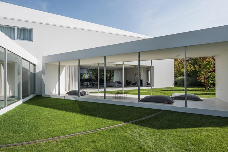 Quadrant House by Robert Konieczny