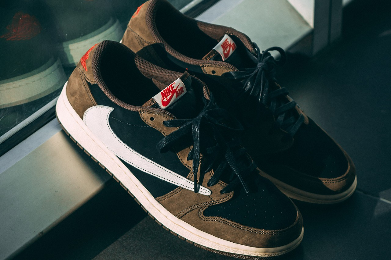 Travis Scott x Air Jordan 1 Low On-Feet Closer Look Photos imagery sneaker colorway CQ4277-001 aj1