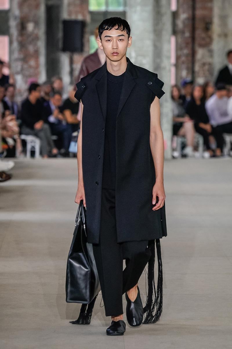 jil sander spring summer 2020 mens collection runway show paris fashion week