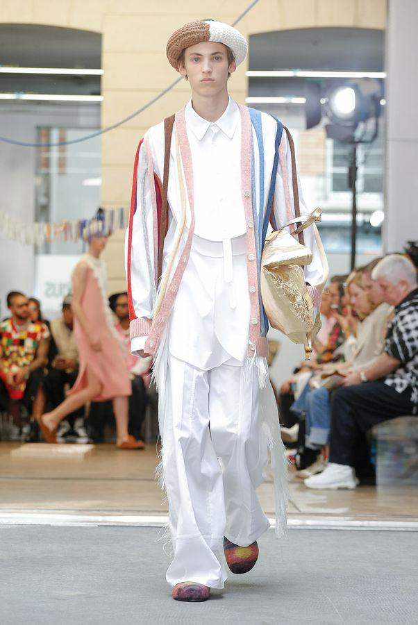 JW Anderson SS20 Paris Fashion Week Runway Show spring summer 2020 Jonathan Anderson