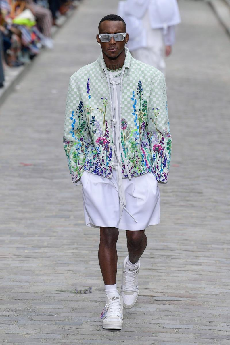 Louis Vuitton SS20 Paris Fashion Week Runway Show mens spring summer 2020 virgil abloh Héctor Bellerín