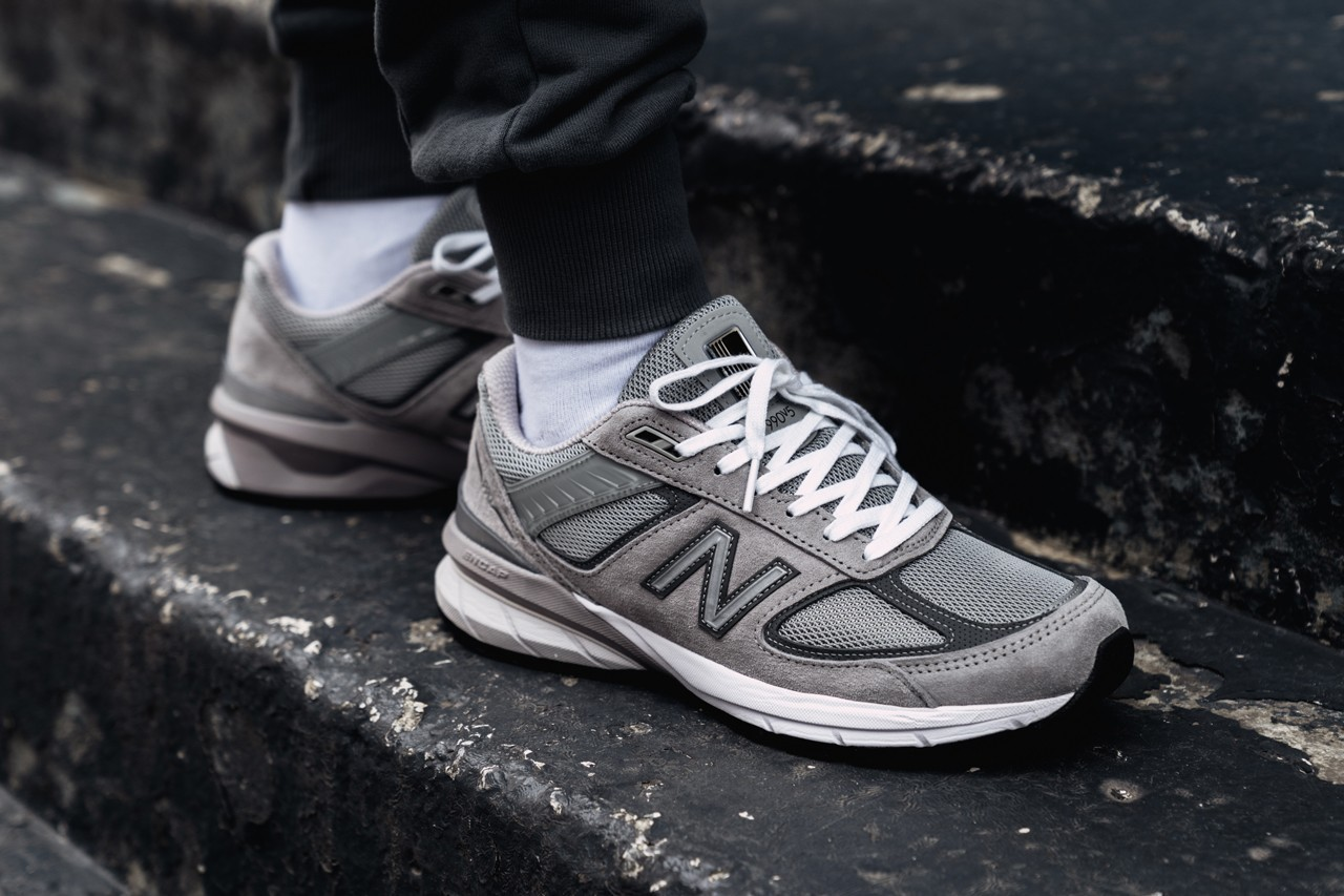 Customize Your Own New Balance 990v5