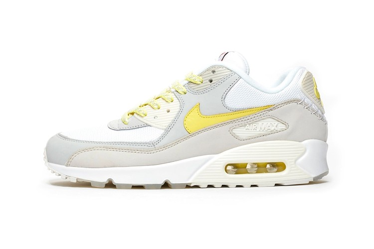 sale retailer 85322 a703f Nike Pays Tribute to Classic Air Max 90 Colorways With