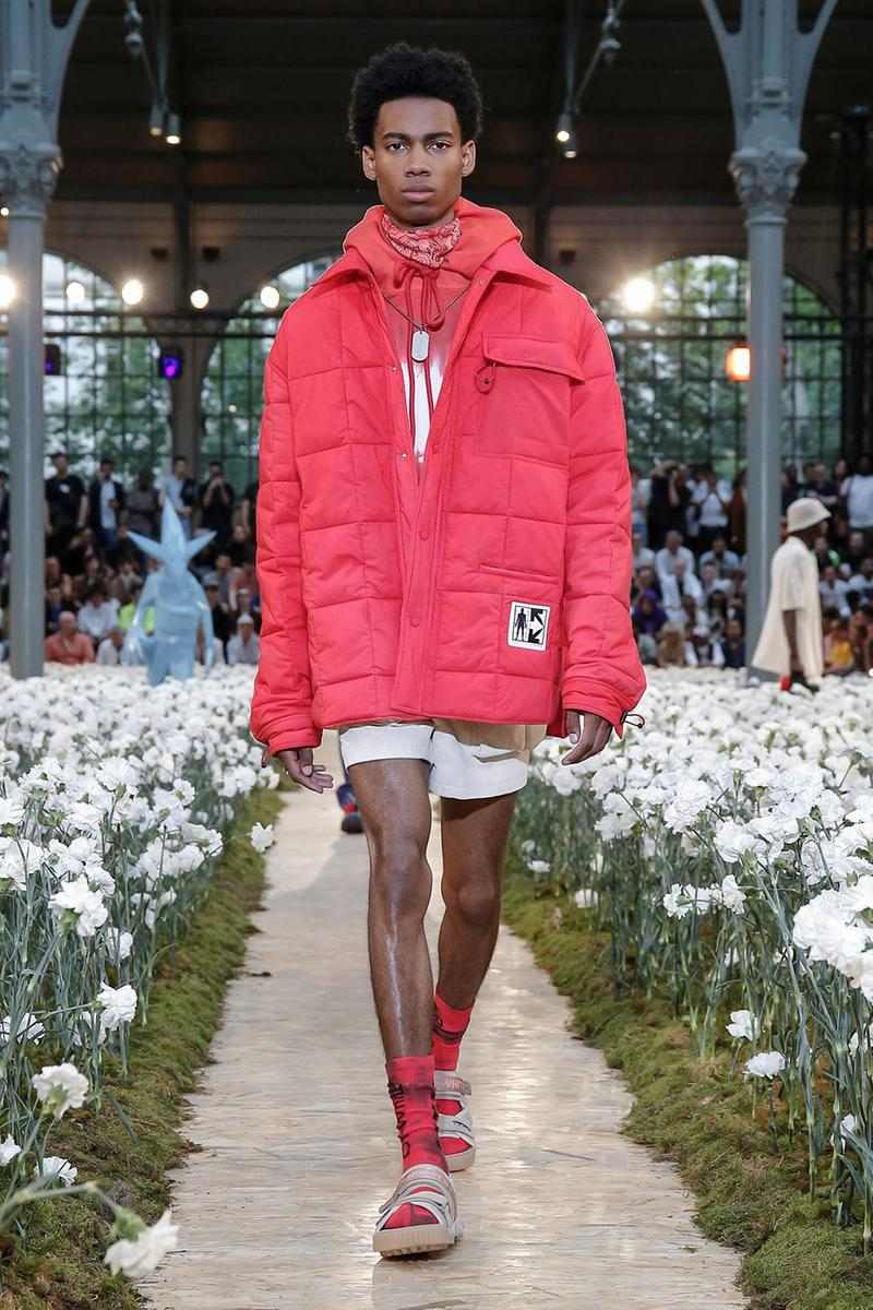 off white spring summer 2020 ss20 paris fashion week virgil abloh futura nike runway backstage full collection look collaborations pfw mens menswear