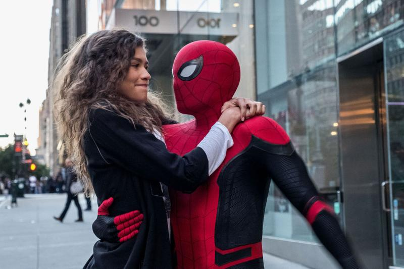 Critics Are Praising 'Spider-Man: Far From Home' marvel cinematic universe review post credit scenes tom holland jake gyllenhaal avengers endgame