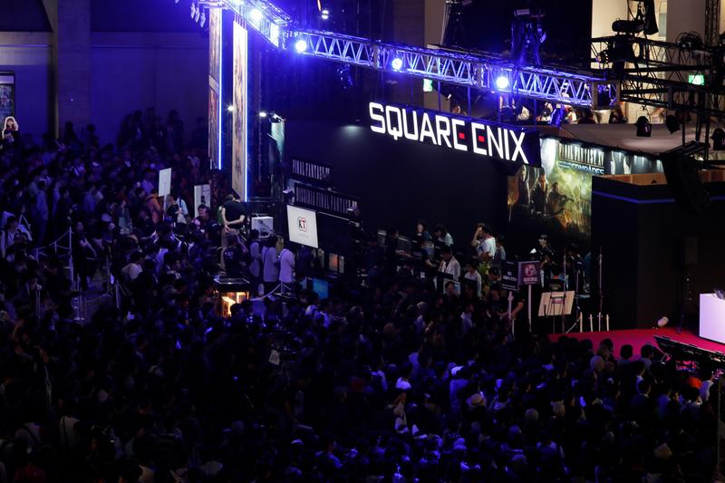 Square Enix E3 2019 Roundup Final Fantasy VII Remake Avengers Crystal Dynamics Final Fantasy VIII Romancing Saga 3 Saga: Scarlet Grace  Outriders Oninaki War Of The Visions Final Fantasy Brave Exvius Crystal Chronicles The Last Remnant  Circuit Superstars Kingdom Hearts III re:mind