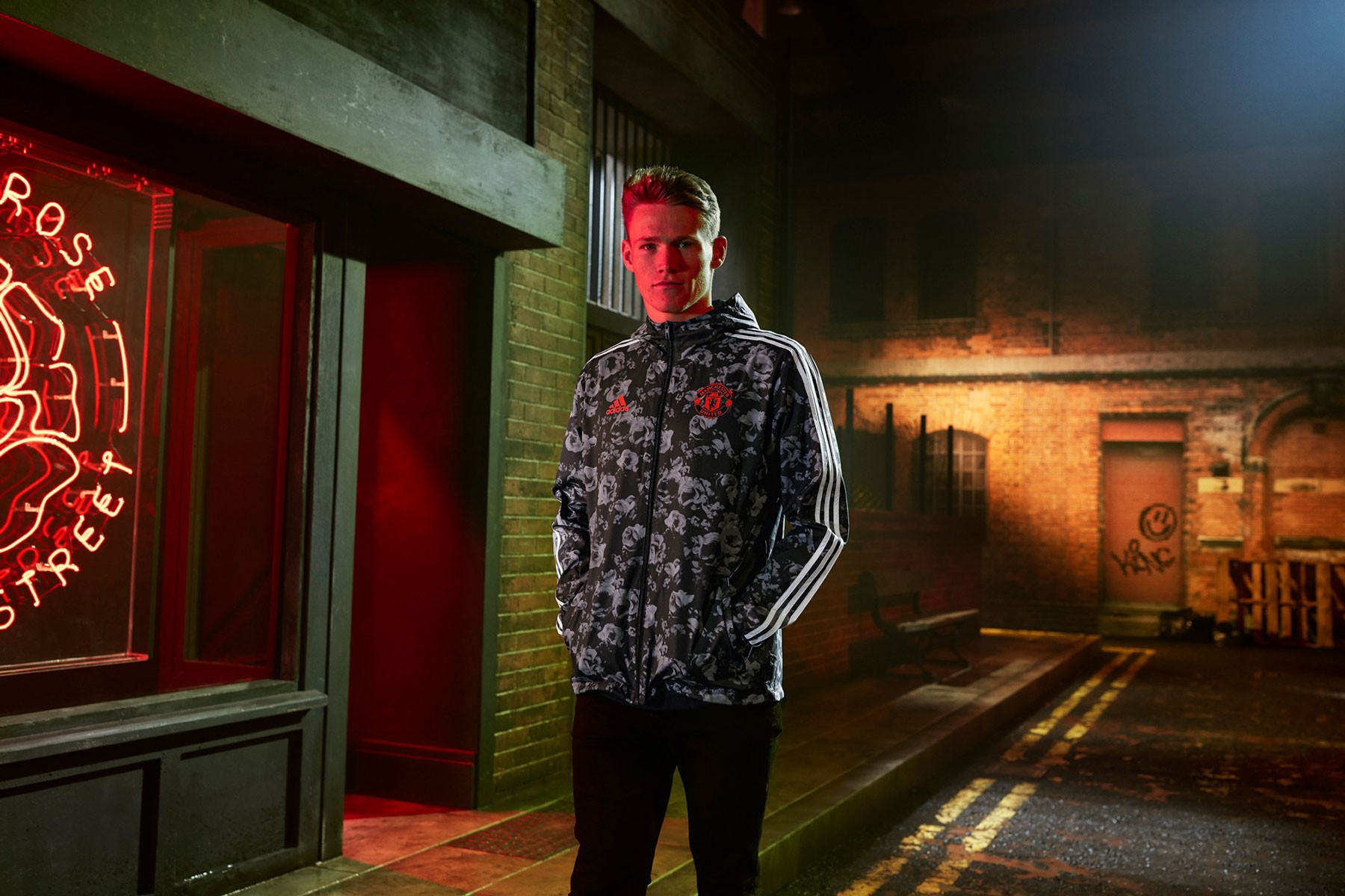 Manchester United x adidas UltraBOOST