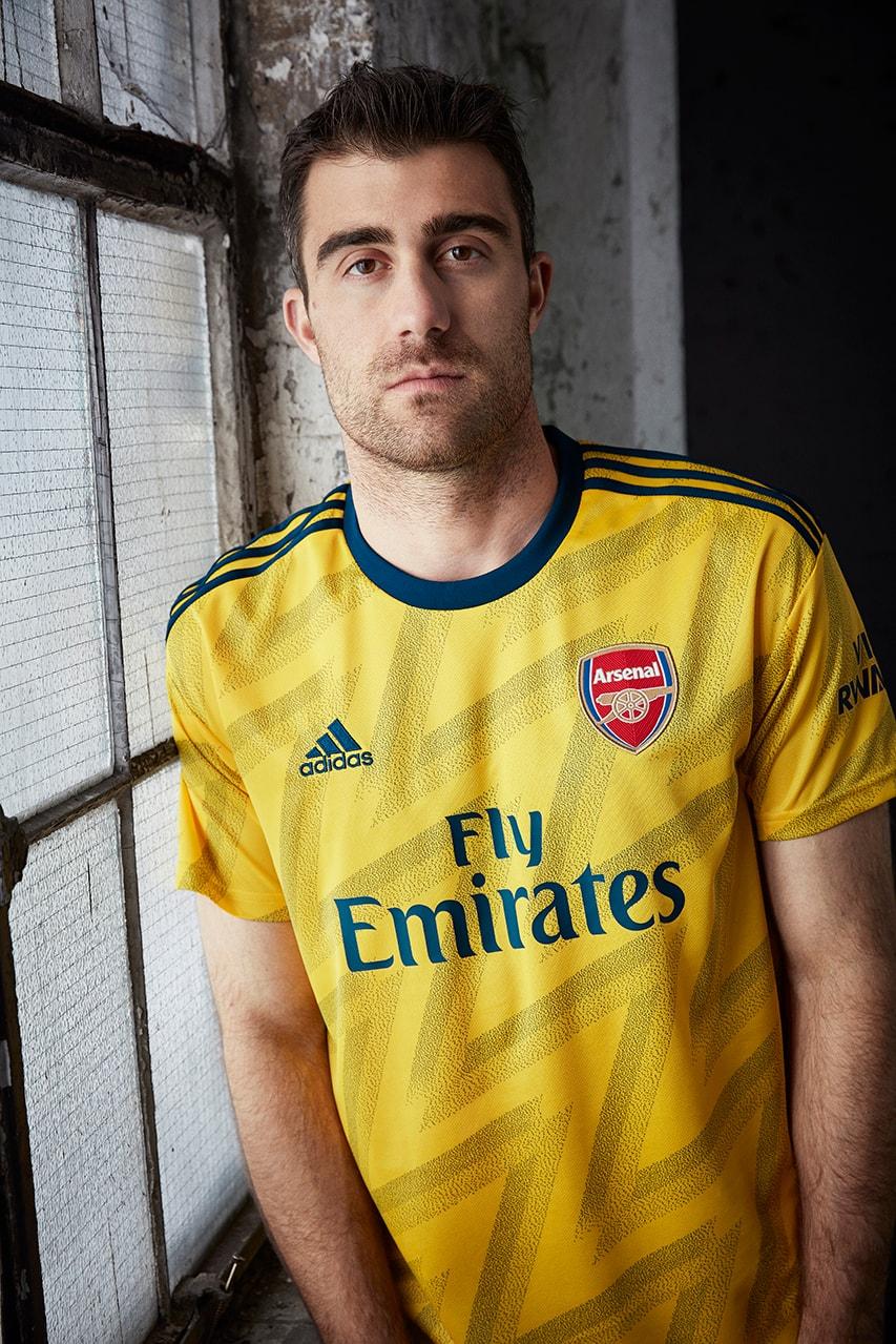 Arsenal 2019 20 Bruised Banana Away Jersey Hypebeast