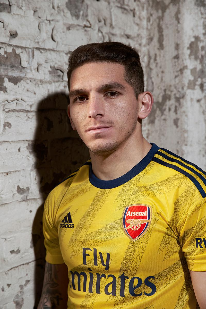 Arsenal 2019 20 Bruised Banana Away Jersey Hypebeast