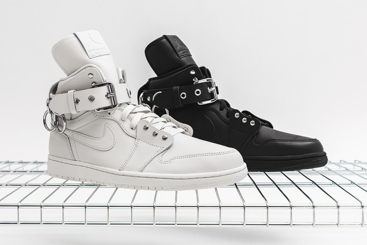 sale retailer 038ef c74d4 Take a Closer Look at the COMME des GARÇONS x Air Jordan 1 Retro High