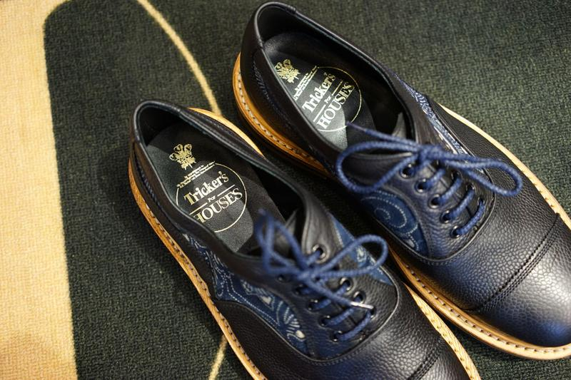 Simple Union x Flying Hawk Studio x Tricker's Oxford custom shoes indigo artwork Japanese traditional navy leather england