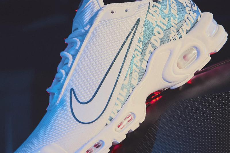 Nike Mercurial Tn 2019 Release black white branding just do it swoosh football air max plus white black checkered pattern soccer