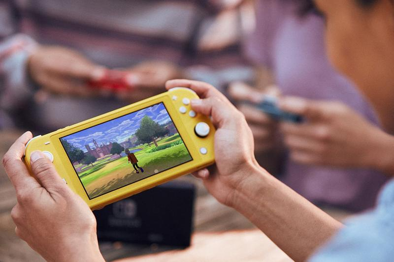 Nintendo Switch Lite Handheld Pros Cons buy September 20th Gameboy Game Boy Color Game Boy Pocket Game Boy Advanced SP Super Mario Party Mario Kart 8 Deluxe console