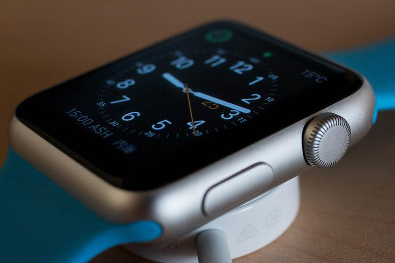 Upcoming Apple Watch Could Come Out in Titanium and Ceramic Options