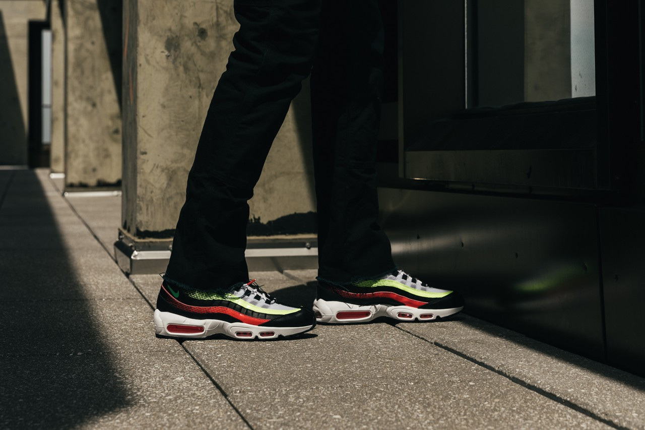 Bloomingdale S Nike Air Max 95 Adidas Slamcourt Hypebeast