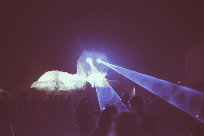 Kaja Haven Enormous Persian Cat Copenhagen Distortion Ø Music Festival White Laser Machine Eyes Colorful Light