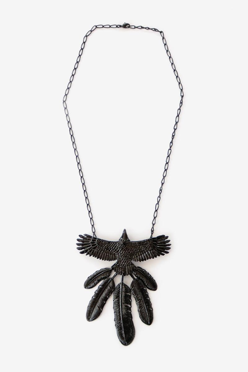 KAPITAL Alloy Lacquer Eagle Necklace White pink olive turquoise grey black light purple goros jewelry craftsmanship japan carving feathers native american navajo accessories