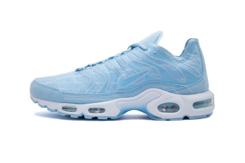"Nike Deconstructs Its Air Max Plus and Serves up ""Psychic Blue"" Highlights"