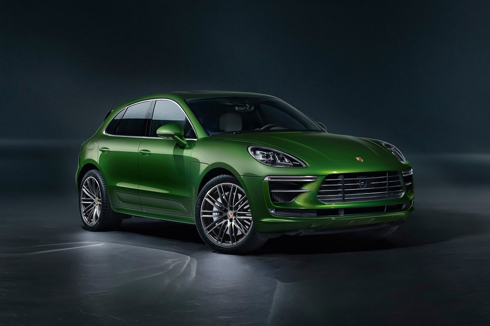Porsche Offers First Look at 434 BHP Macan Turbo 2020