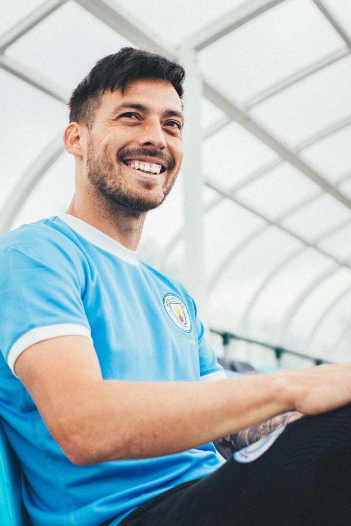 Manchester City 125 Anniversary PUMA Kit release lookbooks soccer football limited edition light blue white trim