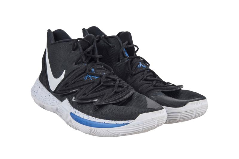 Zion Williamson Kyrie 5 Auctioned Off for Nearly 20000 USD Duke blue devils NCAA college basketball
