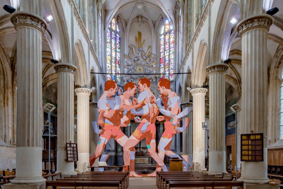 ARYZ Unveils Huge 'La Pugna' Installation Inside Historic Church in France