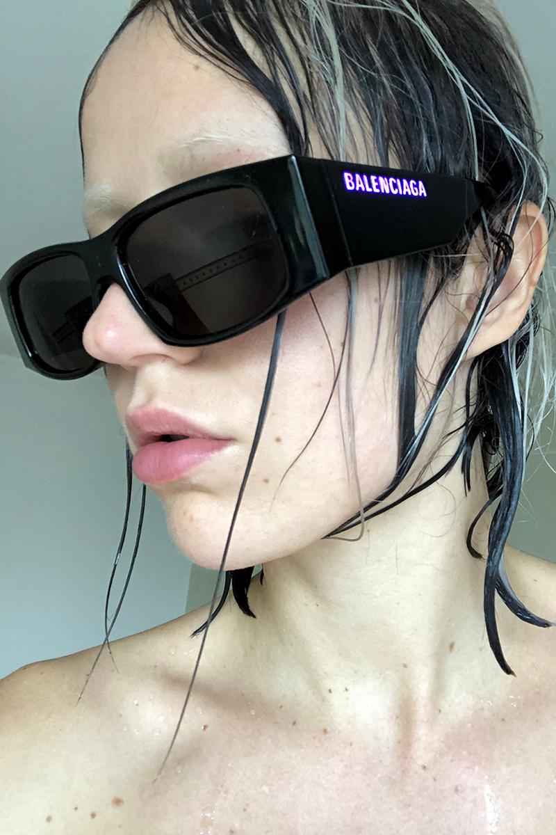 Balenciaga LED Frame Sunglasses Spring/Summer 2020 Release Information Runway First Look Demna Gvasalia Illuminating Logo Nineties '90s Design First Look