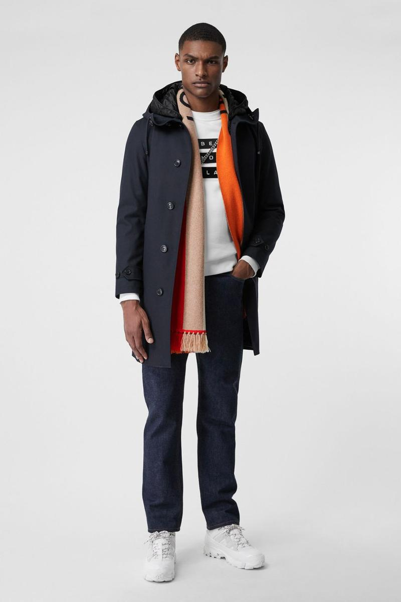 Burberry Adds a Luxe Take to the Football Scarf soccer scarves accessories london lookbooks fall winter 2019