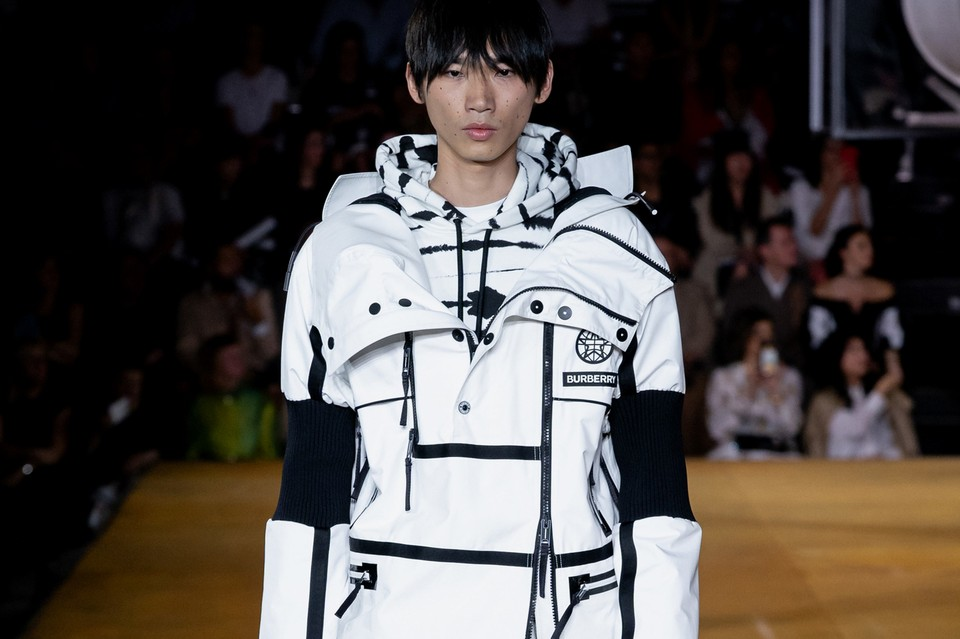 Burberry SS20 Spotlights Tailored Suits & Choice Outerwear Options