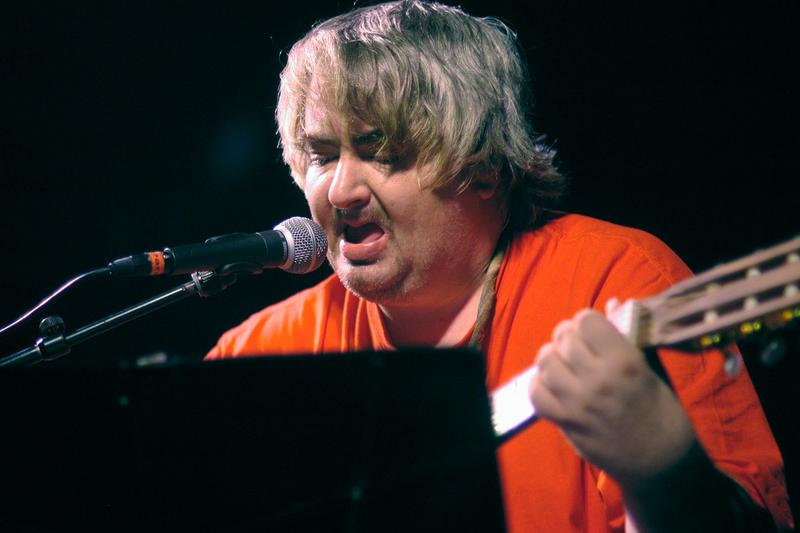 Cult Indie Rock Artist Daniel Johnston Has Passed Away death age 58 heart attack nirvana kurt cobain singer-songwriter 'Hi, how are you' beck jonah hill modest mouse pearl jam