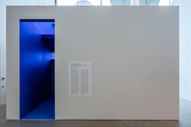 douglas gordon in my shadow exhibition video artist aros museum denmark presentation films Rufus Wainwright Philippe Parreno