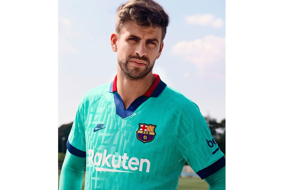 Nike Debuts Nostalgic Barcelona Third Kit for 2019/20 Season